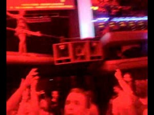 Europe party clubs: Paul Oakenfold - Amnesia (hands in the air - girls)