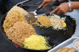 Bankok street food vendor Making Pad Thai